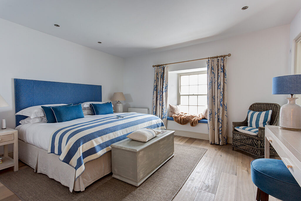 Seaview room, in Hotel in St Mawes