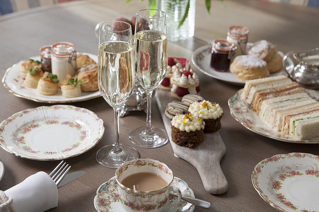 afternoon tea with champagne at The Idle Rocks Restaurant