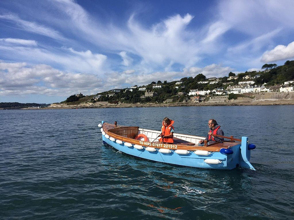 Hire a Motor Boat in St Mawes