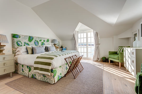 a wide view of room 4 at The Idle Rocks Hotel, St Mawes